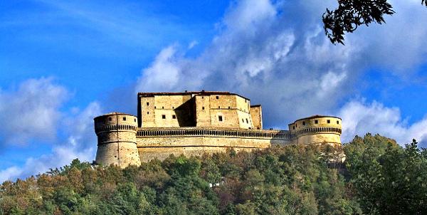 rocca di san leo1 Rocca di San Leo   <br/> San Leo agriturismiurbino